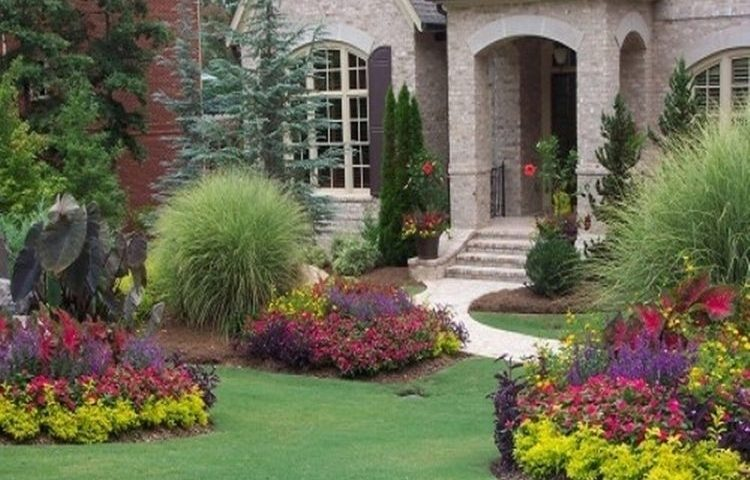 20 Simple But Effective Front Yard Landscaping Ideas within Landscape Front Yard Ideas